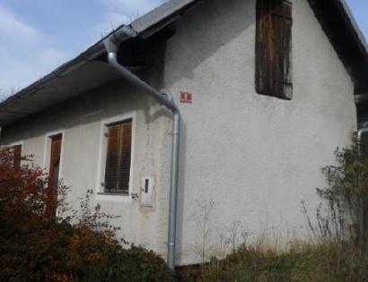 Dražba za hišo pri Mariboru