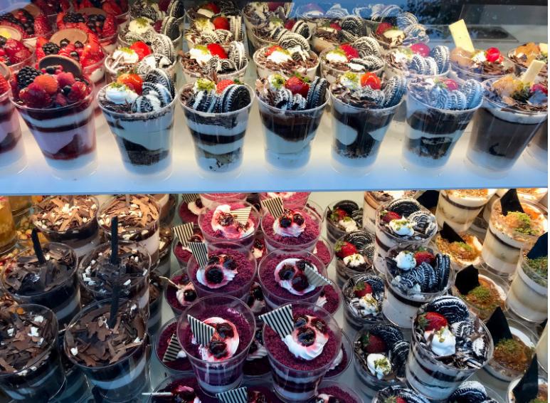vitrina za sladice